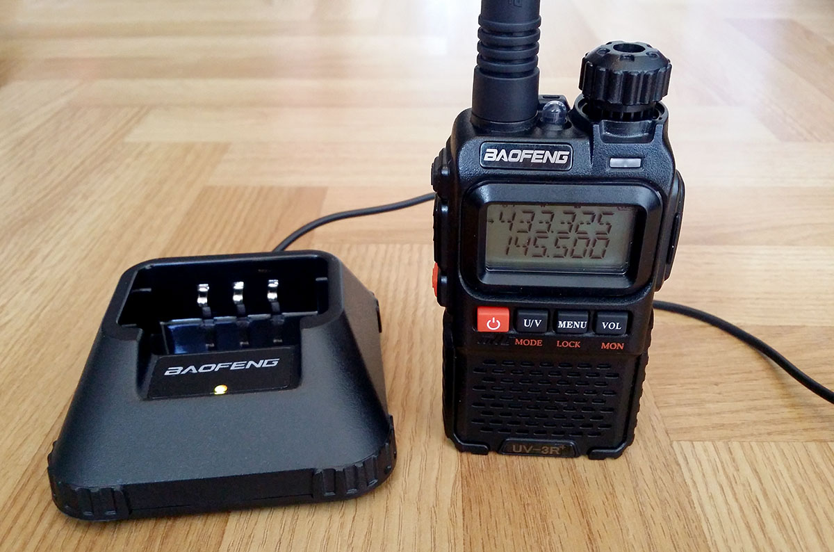 Make a small USB Charger for your HAM Radio