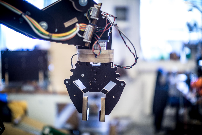 Robot arm v  0 3